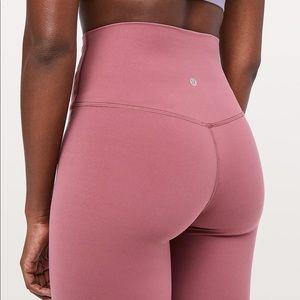 Lululemon Aligns Pink size 4 💖
